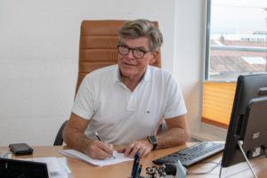 Dr. Wolfgang Banzer